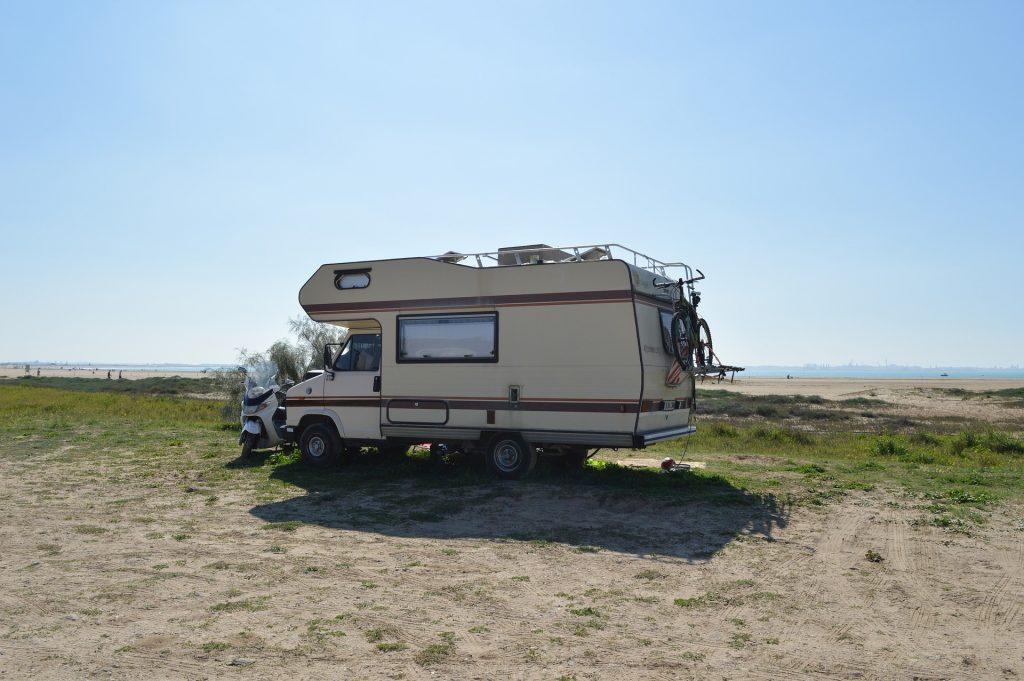 Dit is wat je moet weten over op reis gaan met een occasion camper