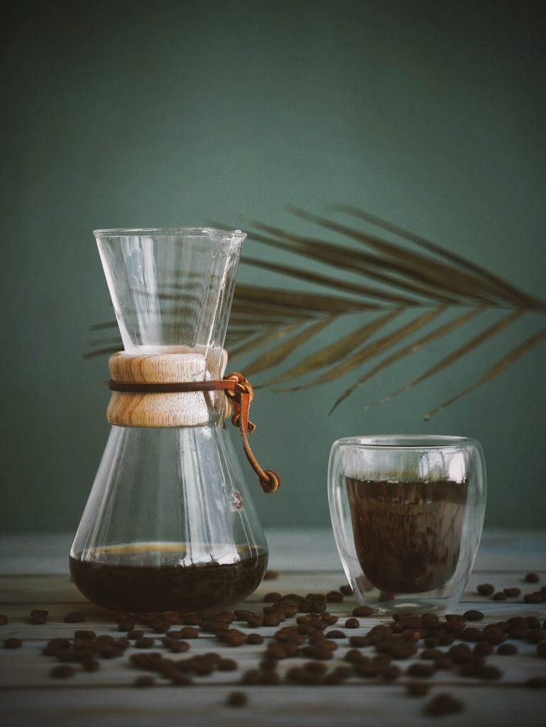 Hoe zet je zelf lekkere koffie op vakantie?